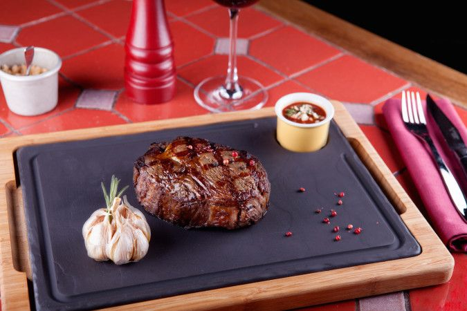 Аппетитный стейк из стейк-хауса «Рибай» / Ginza Project #meat #ribay #red #yummy #ginzaproject