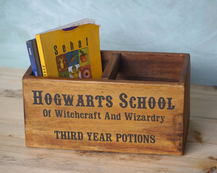 Jual Kotak penyimpanan Hogwarts - Decoria Jogja | Tokopedia