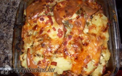 Fokhagymás rakott krumpli recept fotóval