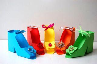 VisValk: High heeled paper shoes