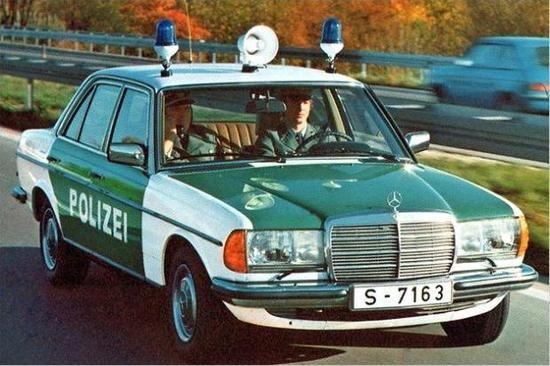 Mercedes W 123 -