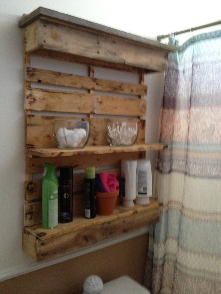 Bathroom shelf i pallets jose made it pinterest for Pallet bathroom ideas