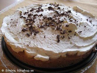 Baneoffpaj (tårta med digestiv, bananer och kondenserad mjölk)