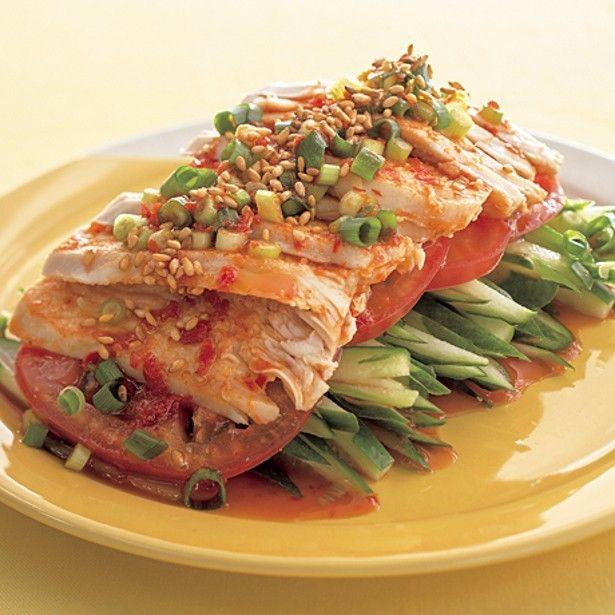 ヘルシーでお値段も手ごろなとりむね肉は、ダイエットや食費節約の強い味方です。カロリーも低くお肉自体も淡白な味なので、ポン酢の酸味と合わせればさらにさっぱりと楽し...