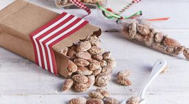 Sugar And Spice Nuts #Sugar #Spice #Nuts  #sweets #treats #Christmas #holiday #Share #homemade #easy #recipe #flavors #tasty