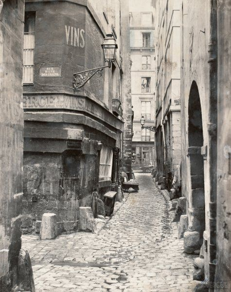 Rue de Glatigny, île de la Cité. Paris IVe. Circa 1865. Photo Charles Marville.
