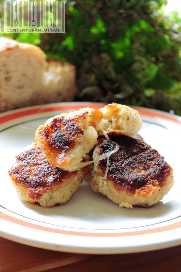 Crocchette di pane timo e pecorino