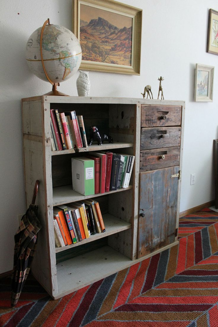 best 25 reclaimed wood bookcase ideas on pinterest white wood bookcase bookcase makeover and. Black Bedroom Furniture Sets. Home Design Ideas