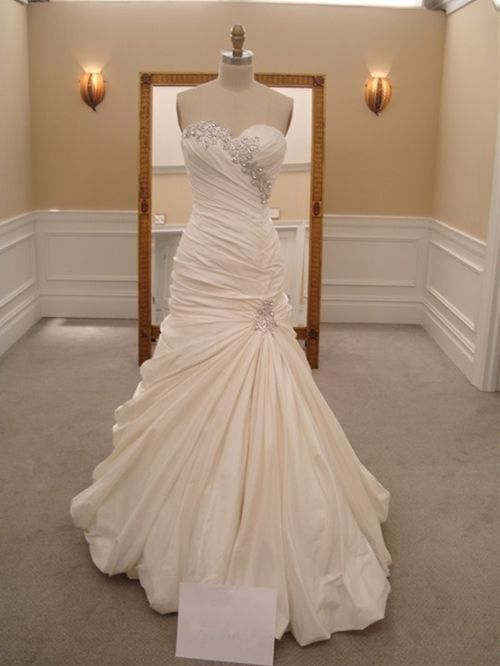 """Pnina Tornai wedding dress...I could never afford this but it is beautiful!!! -- Pnina Tornai is one of my favorite wedding gown designers!! I fell in love with her designs while watching """"Say Yes to the 
