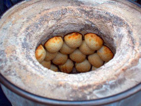 台湾のB級グルメ 胡椒餅(フージャオビン)