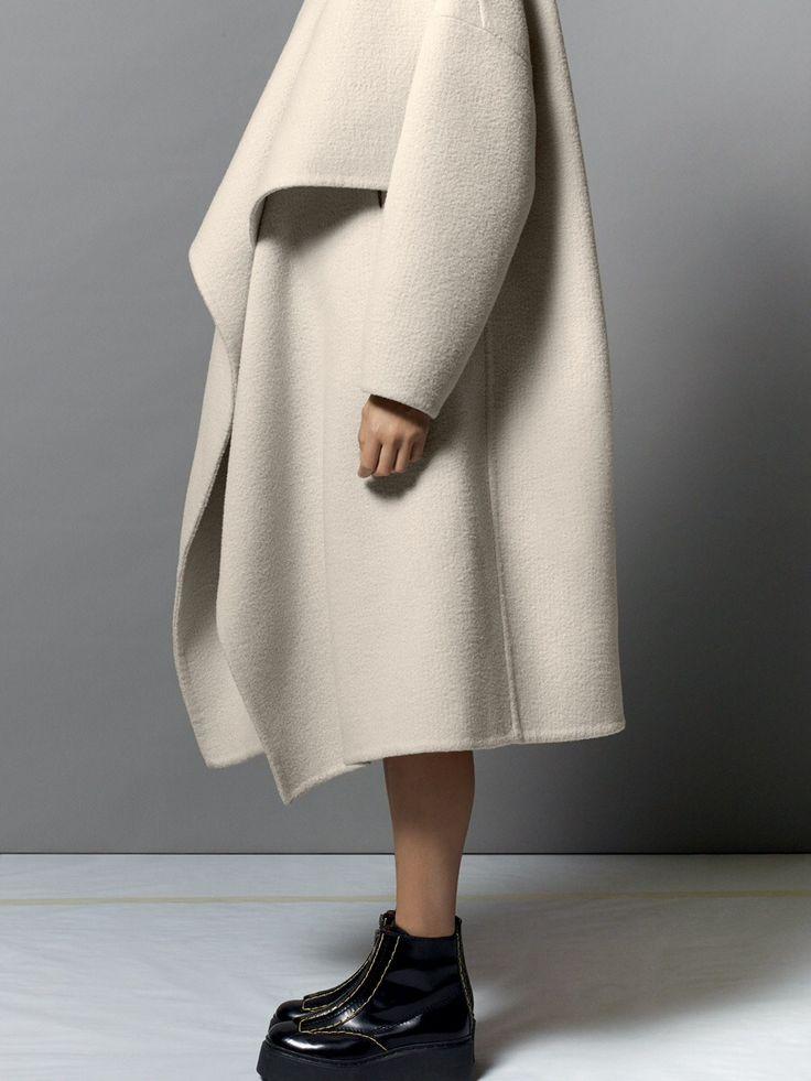 oh that coat looks magical