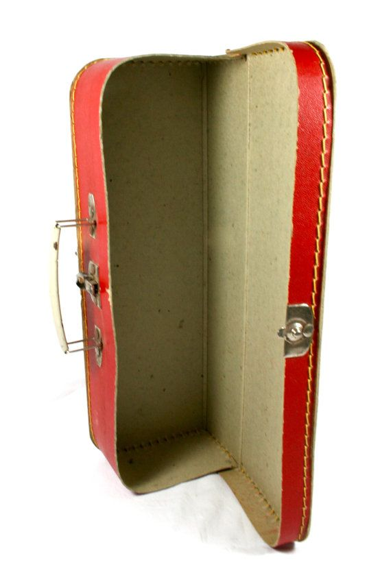 25  best Childrens suitcases ideas on Pinterest | Suitcase sale ...