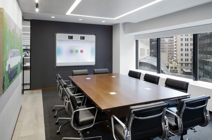 A Look Inside Aspen Insurance S Minimalist Nyc Office Conference Room Design Office Interiors Interior Architecture