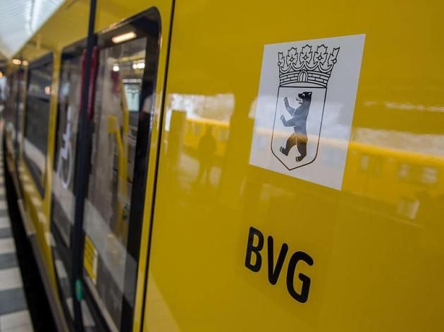 Die Berliner Verkehrsbetriebe transportieren Pendler und Freizeit-Reisende durch die Hauptstadt