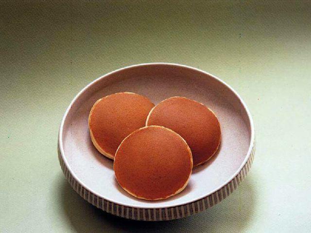 ©Usagiya. http://www.comerjapones.com/dorayaki-receta-2
