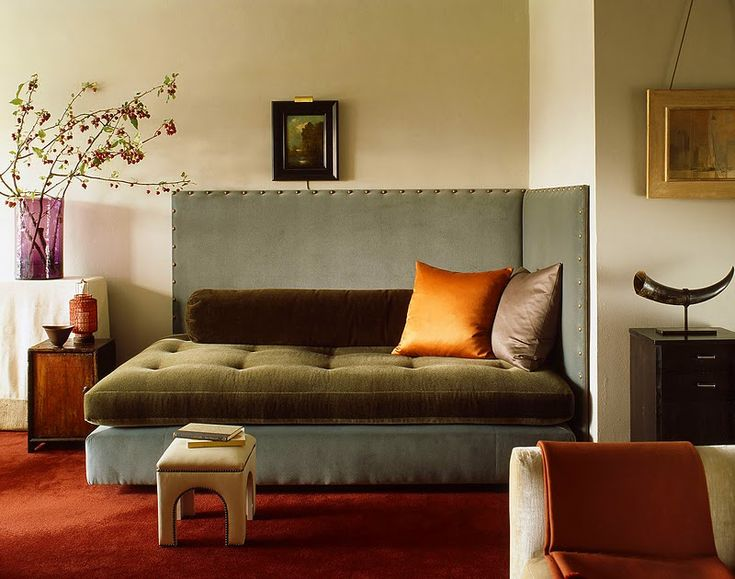 An Oversized Velvet Daybed: In Anthony Cochran& West Village studio  apartment, the daybed is