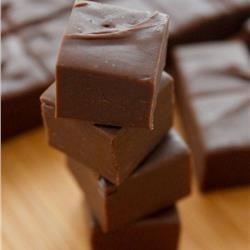 Το πιο εύκολο σοκολατογλυκό με 2 υλικά!