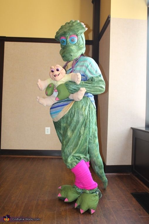 Dinosaurs Charlene Sinclair Costume - Halloween Costume Contest