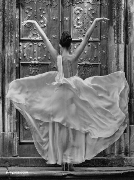 : Photos, Fashion, Beautiful, Dresses, Black White, By, Beauty, Dance, Photography