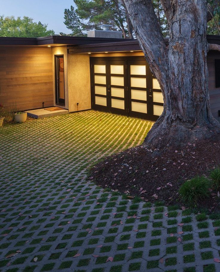 25 Best Ideas About Driveway Lighting On Pinterest: Best 25+ Modern Driveway Ideas On Pinterest