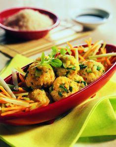 Polpettine di riso giapponese al curry con zucchine e mandorle   Japanese Rice Balls & Zucchini with Almonds
