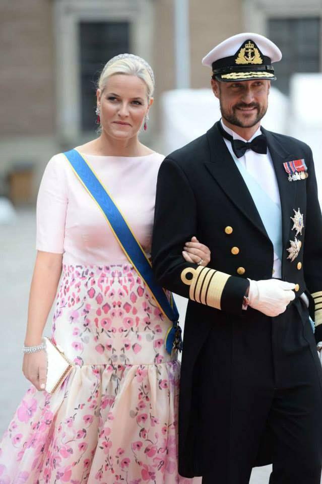 (79) Prince Carl Philip and Sofia Hellqvist Wedding ...