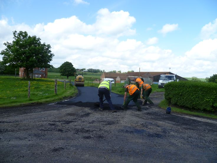 Newly laid tarmac drive to the cottages - oh wow