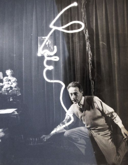Jean Cocteau - Light painting, 1950. One of my all-time favorite film directors.