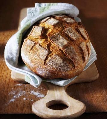 Výborný domácí chleba i bez pekárny - vyzkoušejte náš recept!