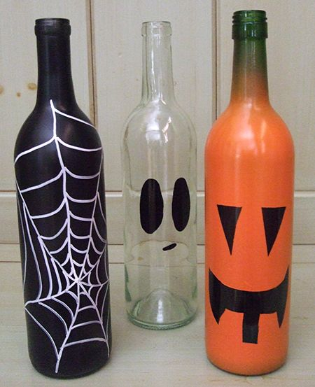 Do you have any neat ideas for Halloween decorations? How about these DIY Halloween wine bottles!  www.laurasleanbeef.com: