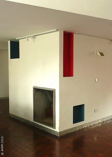 100420-29 LA PLATA - Casa Curuchet (arq. Le Corbusier) - Sala principal