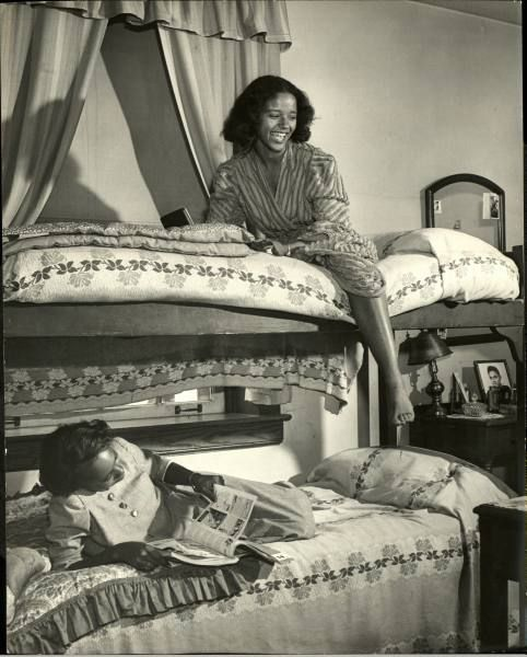 best howard university ideas phylicia rashad howard university 1946
