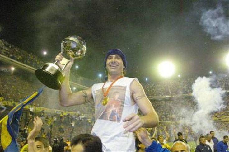 """Abbondanzieri: """"Apuesto a ganar el Mundial y en el 2007 me voy al campo""""  Abbondanzieri y la Copa Sudamericana 2005, el título internacional número 15 en la historia xeneize . Foto: Fabián Marelli"""