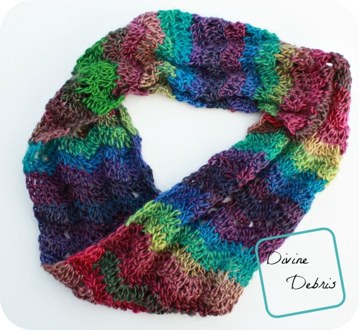 The Sabrina Cowl: a free crochet pattern by DivineDebris.com