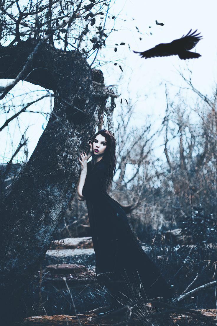 Photographer: Greg Lin Model: Madalina Erdelyi