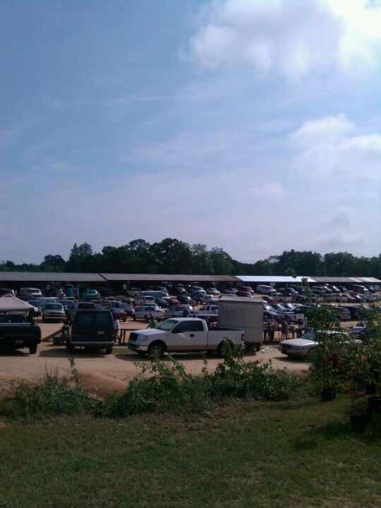 3rd stop would be a combination of my favorite thrift and flea markets.