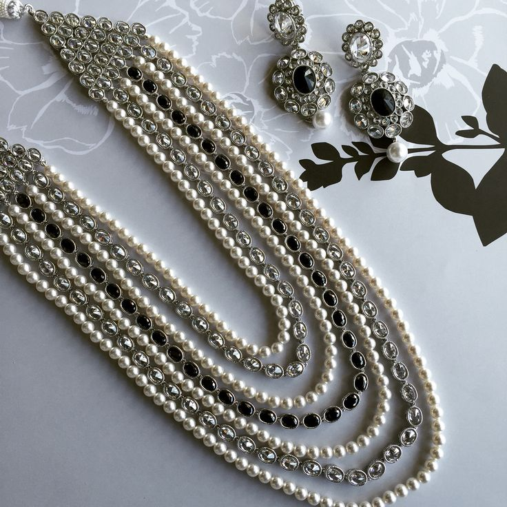 BLACK & WHITE #cantstopwontstop #bandw #black #white #pearl #grey #silver #longhar #ranihar #earrings #banglezbling #banglezjewelry #banglez #jewelry #jewellery #indianjewelry #necklace #southasian #indian  #nofilterneeded #oakville #toronto #mississauga #vaughn #oakvillejewelry #allthingsbridal #bridal #weddinginsporation #wedding #bride #bridesmaids #indianpartywear #accessories #bracelets #bangle #bling
