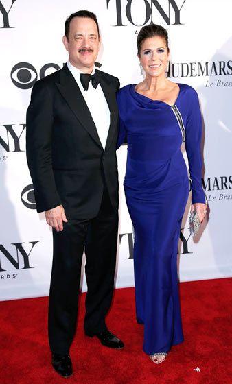 Tom Hanks & Rita Wilson (Tom Hanks' wife): in 2019 | Tom ...
