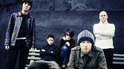 На волне многочисленных слухов Radiohead официально анонсировали юбилейное переиздание альбома 1997 года «OK Computer». Ремастированная версия их третьего альбома, отмечающего в этом году 20-летие, выйдет 23 июня на лейбле XL Recordings под названием «OK Computer OKNOTOK 1997 2017» и будет...
