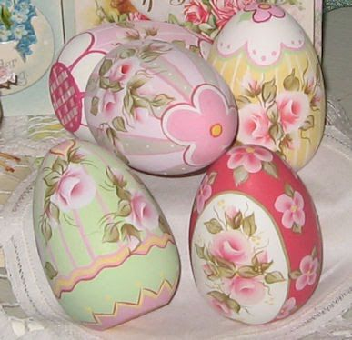 Northwest Pretties: 2010 ~ Hand Painted Easter Eggs ~