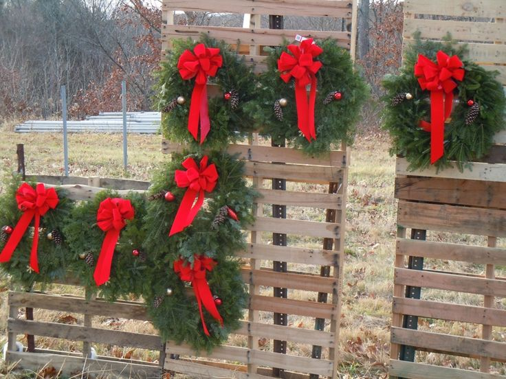 1000 images about wreath display on pinterest crafts for Craft wreaths for sale