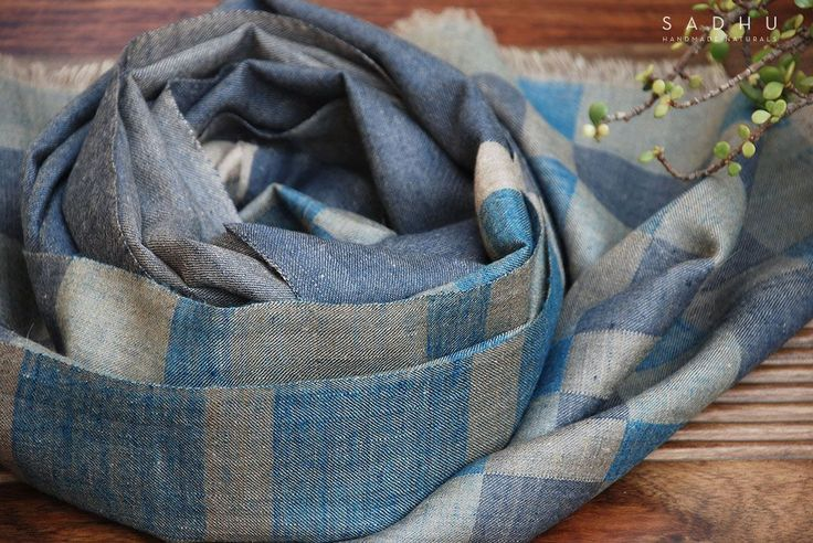 Hand-woven ultra-soft cashmere scarf with block pattern made by artisans in Kashmir #pashmina#scarf#wrap#cashmere#shawl#kashmir#handmade#craft#sustainableluxury#handloom#handwoven