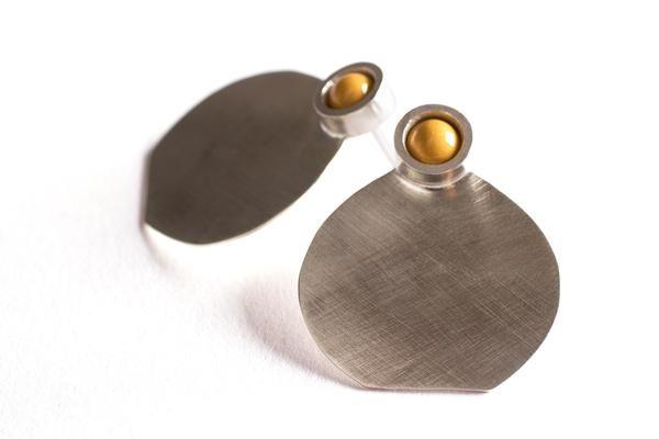 Zilveren oorringen Beluga