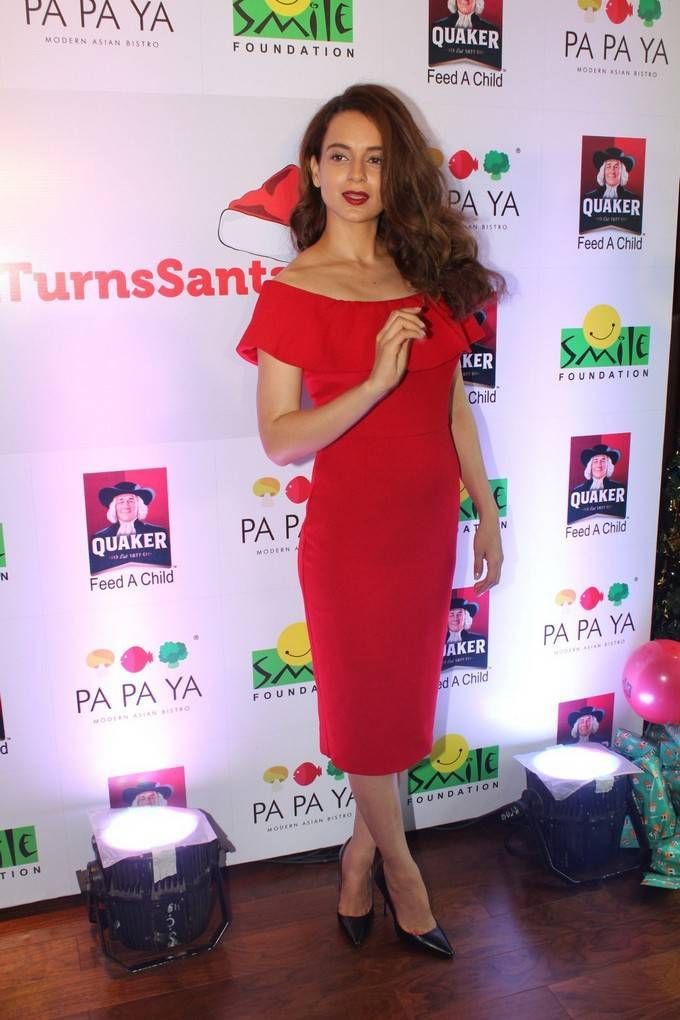 Kangana Ranaut Photos At Smile Foundation Kids Christmas Celebrations-02  #heroinephotos #heroineimages #actresshot #teluguheroines #teluguheroinesphotos #Tollywood #Bollywood #Kollywood #Hot #SouthCelebrities #style #beauty #fashion #Celebrities #Actress #indian #celebs #Telugu #TollywoodActress #KollywoodActress #BollywoodActress