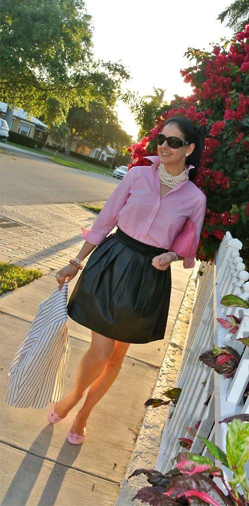 pink gingham, black skirt, pink flats, pearls
