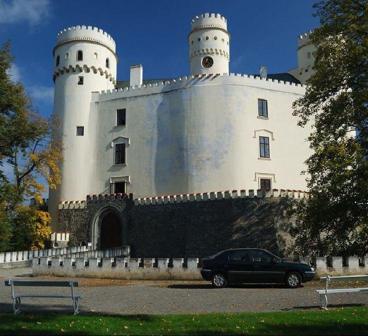 Orlík castle, Czechia #visitczechia #castle #czechia