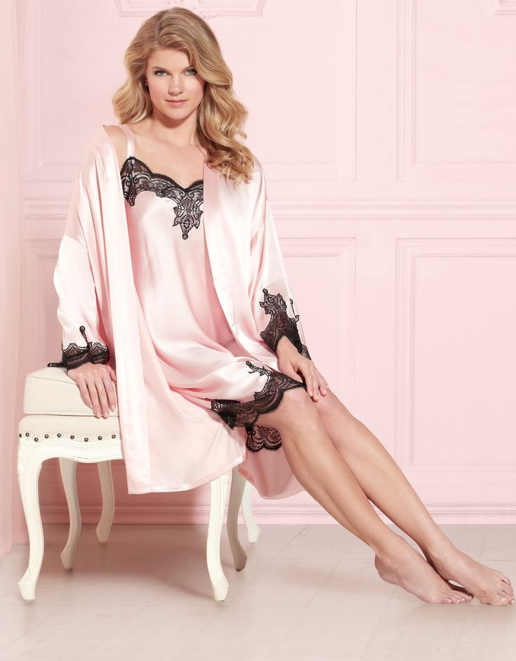 Soma Embraceable Silk Nightgown & Robe in Sugar Pink #LoveSoma #ValentinesDay