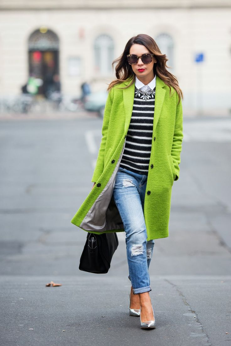 Green coat, blue ripped jeans, silver heels, black bag. Street fall women fashion outfit clothing style apparel @roressclothes closet ideas