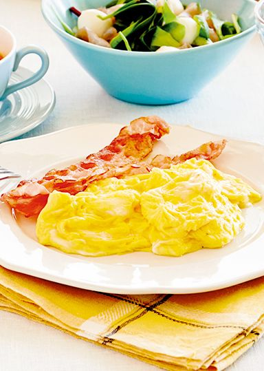 スクランブルエッグとカリカリベーコン のレシピ・作り方 │ABCクッキングスタジオのレシピ | 料理教室・スクールならABCクッキングスタジオ