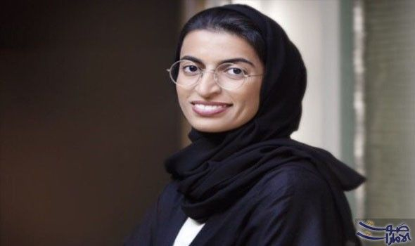 نورة الكعبي تزور معرض حسن شريف في الشارقة Fashion Hijab